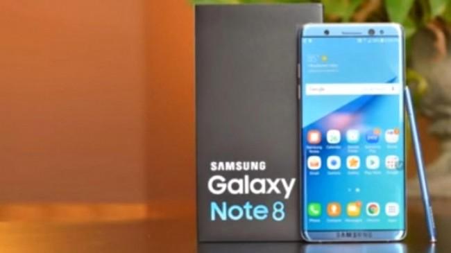 Galaxy Note 8 Modeline Ait Bir Tane Broşür Görüntülendi